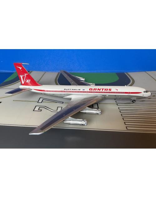 Qantas Boeing 707-338C VH-EAI V-Jet polished 1/200 scale diecast Inflight 200