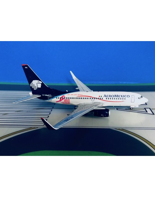 AeroMexico Boeing 737-700/W XA-GOL Cancer 1/200 scale diecast JC Wings