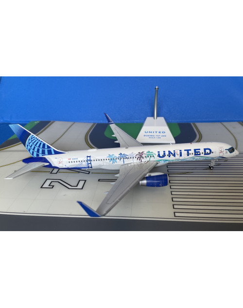United Boeing 757-224/W N14106 California 1/200 scale diecast JC Wings