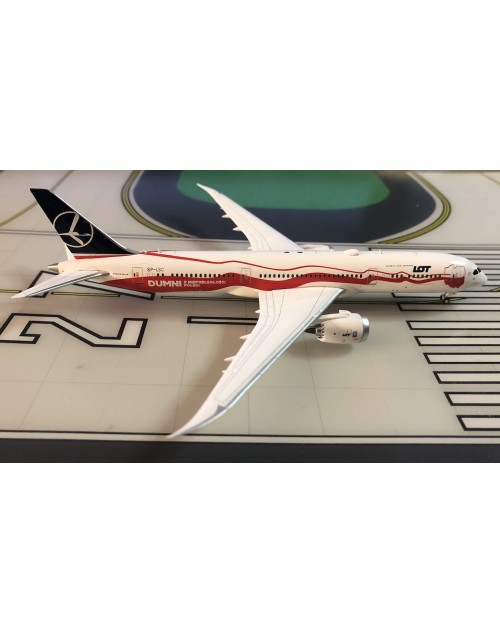 LOT Polish Boeing 787-9 SP-LSC Proud of Poland's Independence 1/400 scale diecast JC Wings Models