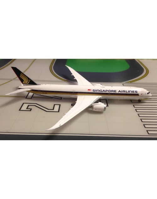 Singapore Airlines Boeing 787-10 9V-SCB 1/400 scale diecast JC Wings Models