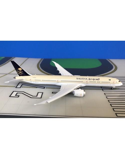 Saudia Boeing 787-10 HZ-AR24 1/400 scale diecast JC Wings Models