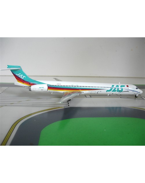 JAS - Japan Air System McD Donnell MD-90 JA8020 Rainbow Kurosaira 1/200 scale diecast JetX Models