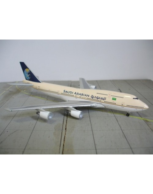 Saudi Arabian Boeing 747-341 TF-ATJ P&W Engines 1/400 scale diecast Jet-X Models