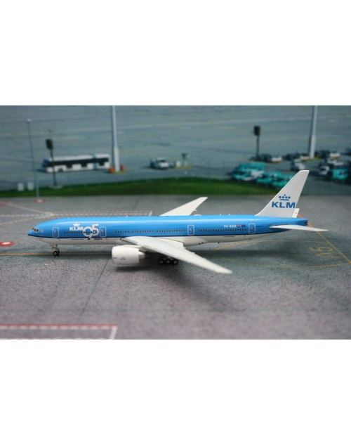 KLM Boeing 777-206ER PH-BQB 95 Years 1/200 scale diecast JC Wings