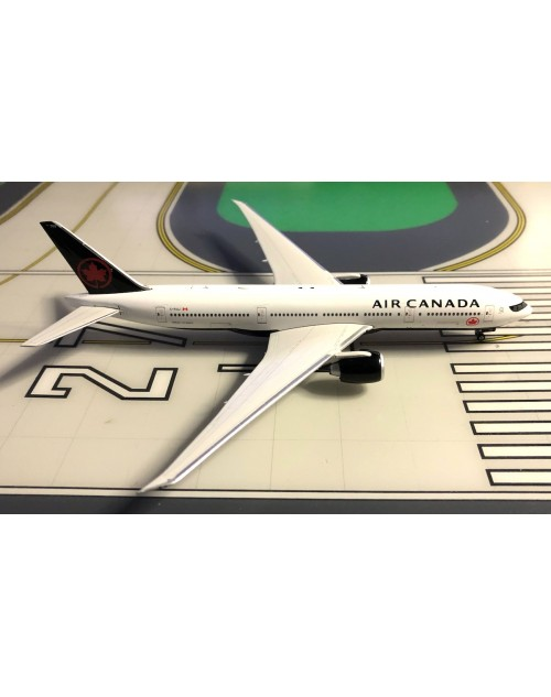 Air Canada Boeing 777-233LR C-FIUJ New colors 1/400 scale diecast Phoenix Models