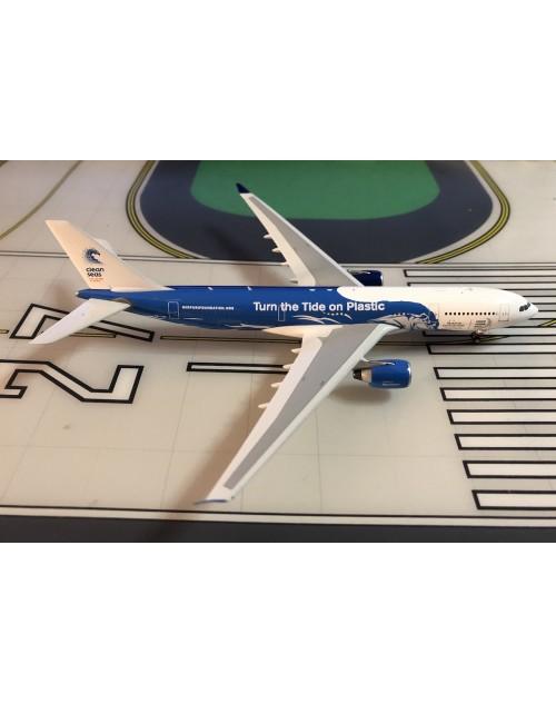 Hifly Airbus A330-200 CS-TQW Clean Seas 1/400 scale diecast Phoenix Models