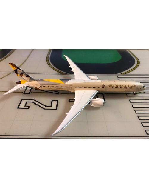 Etihad Boeing 787-10 A6-BMA 1/400 scale diecast Phoenix Models