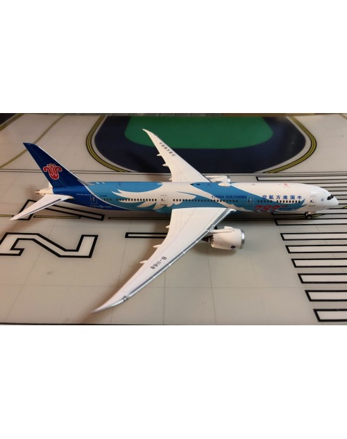 China Southern Boeing 787-9 B-1168 787th 787 1/400 scale diecast Phoenix Models