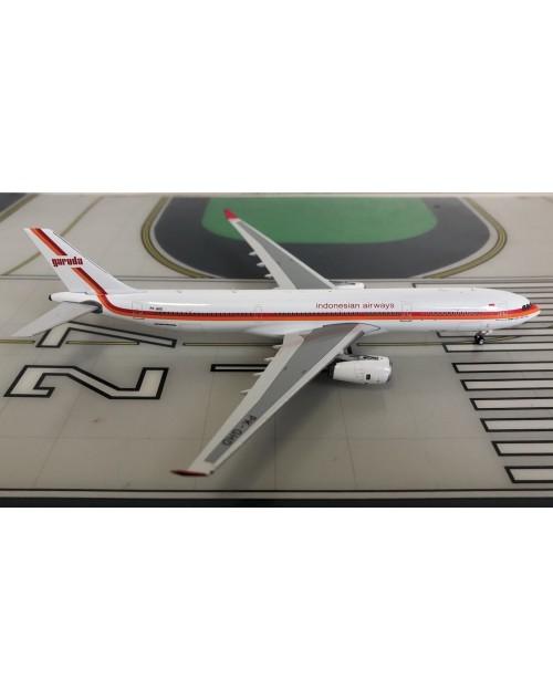 Garuda Airbus A330-300 PK-GHD Retro 1/400 scale diecast Phoenix Models