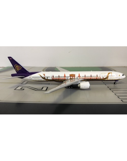 THAI Boeing 777-300ER HS-TKF Royal Barge 1/400 scale diecast Phoenix