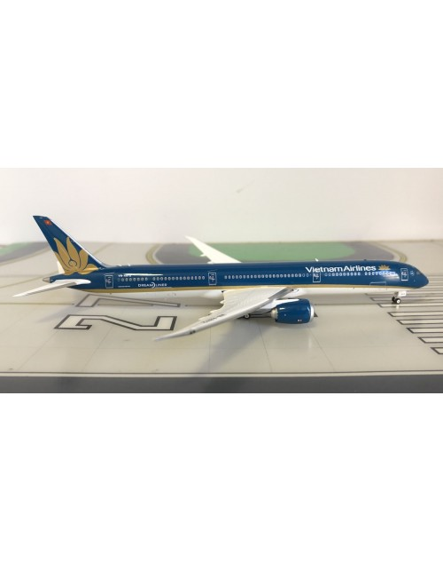 Vietnam Airlines Boeing 787-10 VN-A872 1/400 scale diecast Phoenix Models