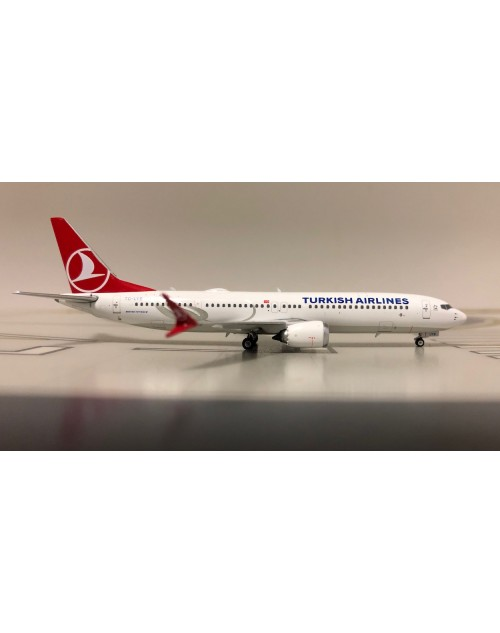 Turkish Airlines Boeing 737-Max 9 TC-LYB 1/400 scale diecast Phoenix Models