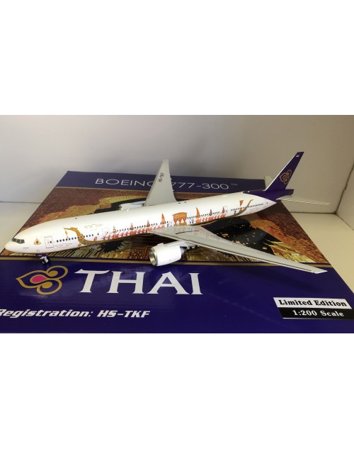THAI Boeing 777-300 HS-TKF Royal Barge 1/200 scale diecast Phoenix Models