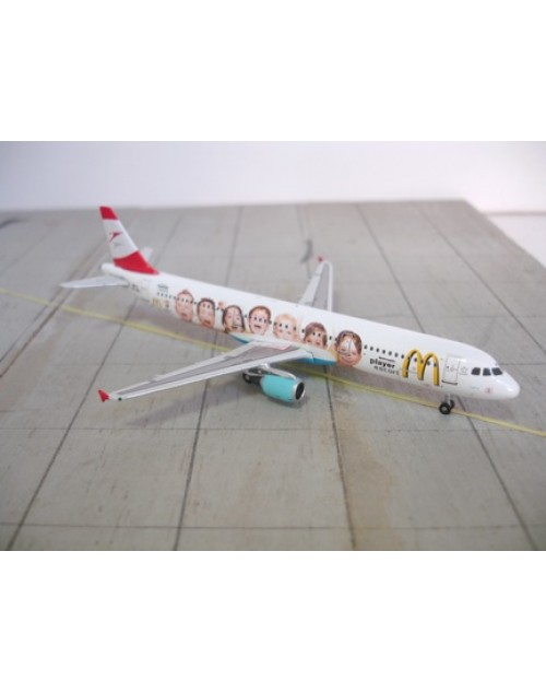 Austrian Airbus A321-111 OE-LBC McDonalds 1/400 scale diecast Phoenix Models