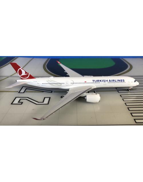 Turkish Airlines Airbus A350-900 TC-LGA 1/400 scale diecast Phoenix Models