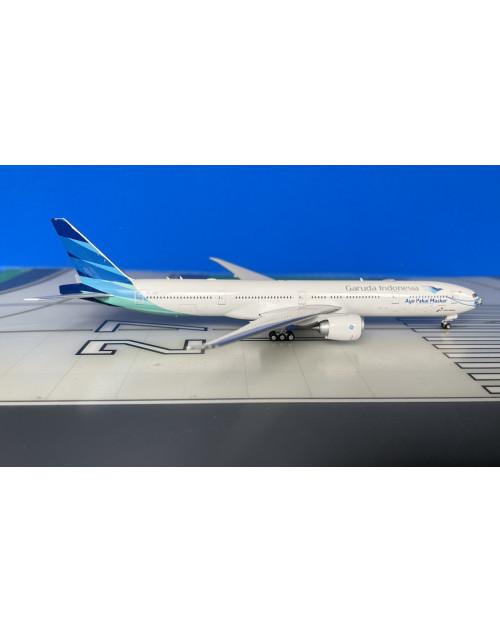 Garuda Indonesia Boeing 777-300ER PK-GIJ with Mask 1/400 scale diecast Phoenix Models